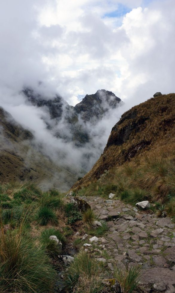 Descent through the Sacred Valley