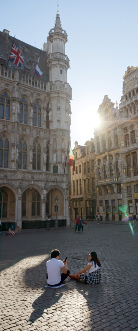 Sunrise and Sunset in Brussels